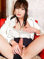 Aina is a 20 year old newhalf with the most gorgeous lower limbs!