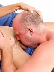 Kissing and hot raw bareback with blonde Ladyboy Roxy
