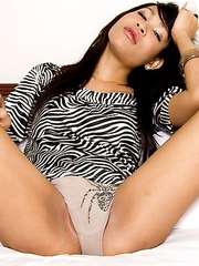 Ladyboy Fon has a natural body and loves to cum