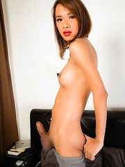 Bell has a smoking hot body, big sexy boobs, a nice firm ass and a big hard cock! Watch this sexy girl spreading her cheeks and jacking off for you un